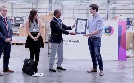 Instantprint breaks world record for biggest business card instantprint 1 colourmoves