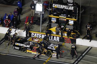 RCR Wrap Specialists Begin Work for NASCAR Season
