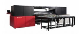 The 98˝ (2.5m) Jeti Tauro features six colors plus white and/or primer option and is designed for high productivity printing (24/7) on both rigid and flexible material.