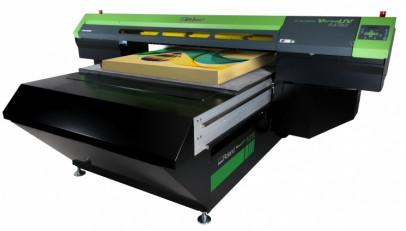 The Roland VersaLEJ-640FT flatbed UV printer.