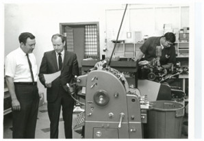 Bill Gravley (right) saw the opportunity early on to market quick-turnaround printing.