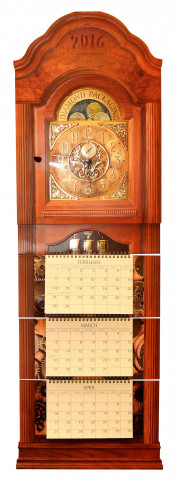 This grandfather clock calendar, from Diamond Packaging, received a Best of Show Award.