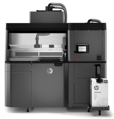 Another view of the HP Jet Fusion 3D 3200 solution.