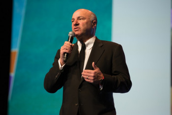 Kevin O'Leary, a.k.a. Mr. Wonderful and a prominent member of ABC's Shark Tank reality TV show, wows Dscoop11 conference attendees.