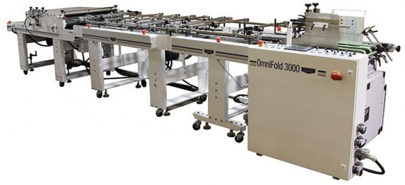 OmniFold 3000 configured for converting cartons and boxes with a friction feeder in the docking station, and IL3 converting table, IL6 converting table and a compression stacker for delivery. An optional Fold Hook kit is available for converting auto-lock bottom boxes.