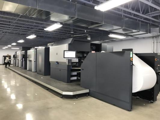 A side view of Digital Lizard's HP Indigo 50000 digital press.