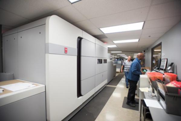 OneTouchPoint was the first Océ VarioPrint i300 color sheetfed inkjet press installation in the U.S.