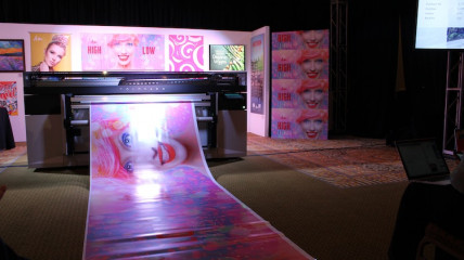 The Océ Colorado 1640, a 64˝ roll-to-roll press that prints unattended, was unveiled at the One Canon Event 2017.
