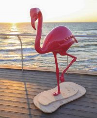 Using its Massivit 1800 3D Printer, SuperSize produced an eye-catching 1.8m / 5.9ft tall flamingo for luxury private events.
