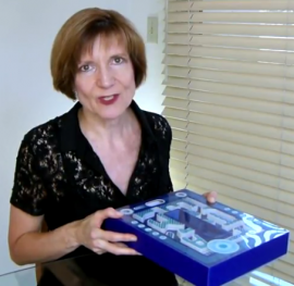 PaperSpecsGallery.com Presents: La Mer Matte Maze Box (Video)