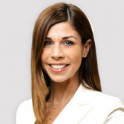 Amanda Parrilli is Deluxe Corporation's new Chief Strategy Officer.