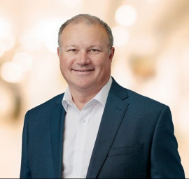 Brian Lowe joined Orora in 2011 to lead Orora's Beverage Business group and is currently Group General Manager, Orora Fibre Packaging Group. He will take over the role of CEO and managing director.