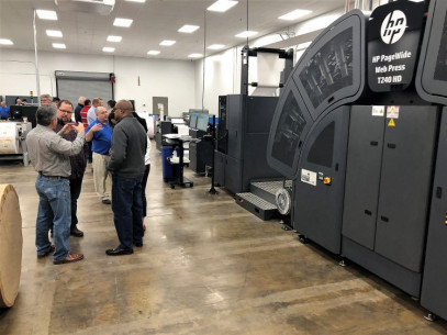 American Litho VP Tony Ferruzza leads the HP Indigo Sales Team, Central Region, in a discussion of digital workflows, color accuracy (ALitho is G7 and Colorspace certified) and total quality control.
