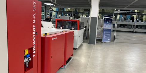 Agfa adds a cleaning module to its Attiro clean-out unit for violet newspaper printing plates which significantly reduces the maintenance frequency of the Clean Out Unit.
