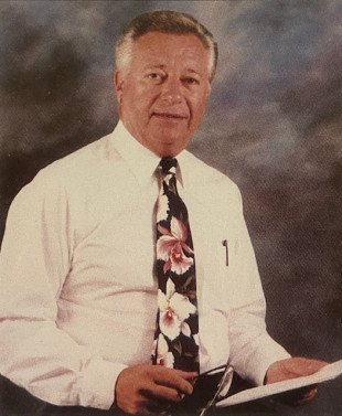 Former web offset commercial printing industry leader Stanley Kukla of Kukla Press dies.