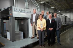 Heeter senior team with the Komori GL40 perfector press.